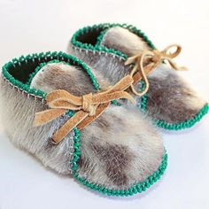 Baby's First Couture Mocs Toddler Moccasins, Baby Moccasins, Baby Moccasin Pattern, Baby Beaver, Clothing Hacks, Kids Clothing, Western Babies, Indian Shoes, Beaded Moccasins