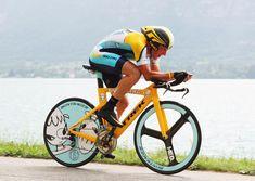 """Lance Riding Nara's Trek TT Bike In 2009 For """"Stages"""""""