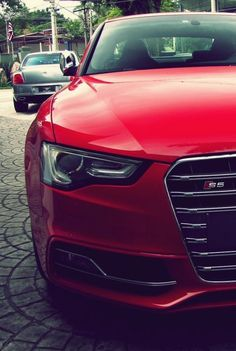 Audi S5...