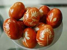 Onion-Skin-Dyed Easter Eggs