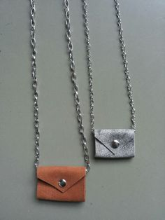 Necklace, leather