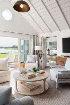 Coastal Living Rooms, Living Room Interior, Home Living Room, Home Interior Design, Coastal Bedrooms, Interior Paint, Beach Living Room, Interior Designing, Modern Interior
