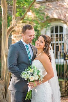 A Bright Charleston Wedding at the Doubletree by Hilton