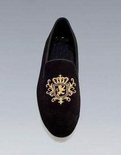 Handmade Black Velvet Shoes, Men Embroidered Velvet casual loafer Shoes Slipper #Handmade #LoafersSlipOns