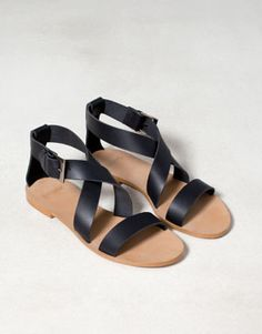 Pull France - CHAUSSURES - · Sandales plates