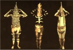 The Selk'nam people or Ona's from Tirerra del Fuego, a group of Islands now belonging to Argentina. The Selk'nam are now extinct. Body paint was a essential part of daily life, designs used for hunting, combats, peace meetings and shamanistic performaces. Statues, Patagonia, Melbourne Museum, Renaissance Era, Tribal People, Effigy, Tribal Art, Vintage Movies, Op Art