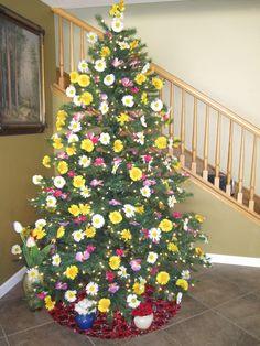 Flower Tree 2010 Christmas Tree Flowers, Christmas Is Over, Christmas Tree Themes, Holiday Tree, Xmas Tree, Christmas Tree Ornaments, Christmas Holidays, Holiday Decor, Valentine Tree