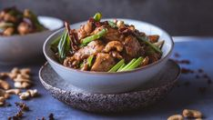 Chicken Kung Pao, or Gong Bao, is a Chinese classic many of us have eaten at a restaurant or as a take away. Dessert Drinks, Dessert Recipes, Fried Broccoli, Bao, Along The Way, Kung Pao Chicken, Chinese Food, Meal Planning, Restaurant