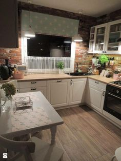 These Scandinavian Kitchen Ideas Perfectly Capture Nordic Living Scandinavian Kitchen Design Ideas For A Stylish Cooking . Farmhouse Kitchen Decor, Home Decor Kitchen, Country Kitchen, Kitchen Interior, New Kitchen, Home Kitchens, Kitchen Dining, Farmhouse Layout, Kitchen Ideas