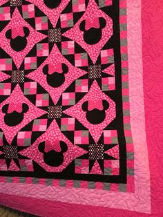 Minnie Mouse quilt made from the Tennessee Waltz pattern