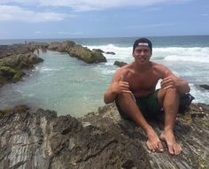 If you want experience one of best waves of the world you have to go Snappersss... #snapperrocks #kirra #rainbowbaby #classicbeach  by thiagoo.mota