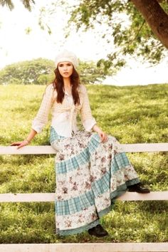 Oh my goodness, words can not express how much I want that skirt. With my new cowboy boots? yes.