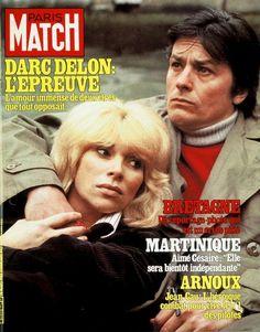 Alain Delon et Mireille Darc en couverture du numéro 1609 de Paris Match.