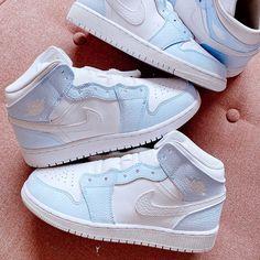 Cute Nike Shoes, Cute Nikes, Cute Sneakers, Blue Jordans, Air Jordans, Baby Boy Jordans, Jordan Shoes Girls, Girls Shoes, Swag Shoes