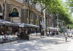 topos-vienna-maria-hilfer-street-side
