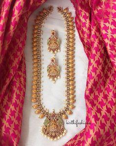 3 Brands To Shop Exotic Imitation Jewellery Online Gold Temple Jewellery, Gold Jewellery Design, Gold Jewelry, Gold Necklace, India Jewelry, Jewelry Sets, Indian Wedding Jewelry, Bridal Jewellery, Imitation Jewelry