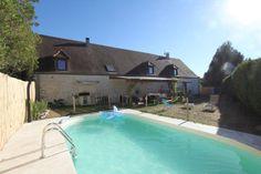GOURDON- Belle et grande Demeure de caractère avec piscine chauffée. 275.600 €  Réf.:GD1393 http://www.pleinsudimmo.fr/fr/annonces-immobilieres/offre/gourdon/bien/1523428/gourdon-belle-et-grande-demeure-de-caractere-avec-.html