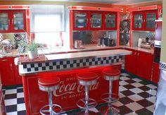 American Diner Kitchen, 50s Diner Kitchen, Retro Kitchen Decor, Kitchen Themes, Retro Home Decor, Vintage Diner, Retro Cafe, Retro Diner, Küchen Design