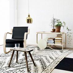 Artek Aalto tea trolley 901, off-white linoleum | Artek | Tables | Furniture | Finnish Design Shop
