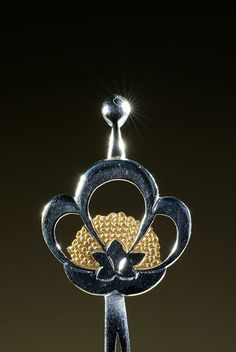 Japanese family crest hairpin