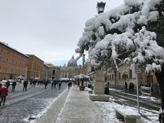 Roma sotto la neve San Pietro Belle Photo, Photos, San, Outdoor, Rome, Outdoors, Outdoor Games, The Great Outdoors