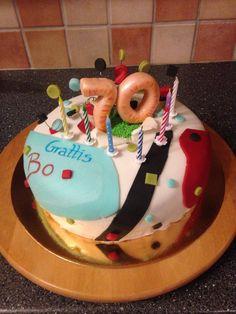 birthdaycake, födelsedagstårta, 70, 70 year birthday cake, 70års tårta, tårta, cake, sugarpaste, fondant, fluff, decorations, cake decorations, tårtdekorationer,