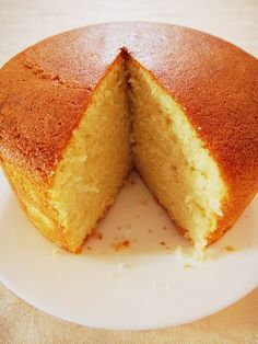 A cross between your dry, airy sponge cake and the dense, fattening butter cake, this tender-crumbed beauty is enriched with the addition of melted butter and full cream milk. Instead of deflating,… Cake Hot Milk Sponge Cake Easy Vanilla Cake Recipe From Scratch, Cake Recipes From Scratch, Easy Cake Recipes, Baking Recipes, Cake Boss Recipes, Hot Milk Sponge Cake Recipe, Sponge Cake Recipes, Eggless Sponge Cake, Best Hot Milk Cake Recipe