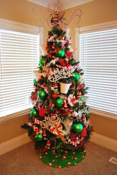 Dr Seuss Christmas tree! | Christmas Trees | Pinterest | Christmas ...
