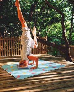 "@tetealler.wanderlust on Instagram: ""Y O : G A  O'CLOCK • #yoga #namaste #yogadaily #yogalife #yoggispain #yogisofinstagram #galiciacalidade #highvibration #aslowmoment…"" Namaste, Oclock, Cali, Yoga, Journal, Instagram, Outdoor Decor, Travel, Viajes"