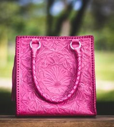 Oxmal _ Handmade leather Bag #purse #mexican #leather #sopretty #wantit