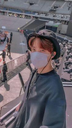 Wallper aesthetic bts army j hope cute Jhope, Jimin, Namjoon, Taehyung, Hoseok Bts, Bts Bangtan Boy, Foto Bts, Rapper, Btob