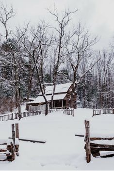 Cozy historic Cabin in Cades Cove in the Great Smoky Mountains