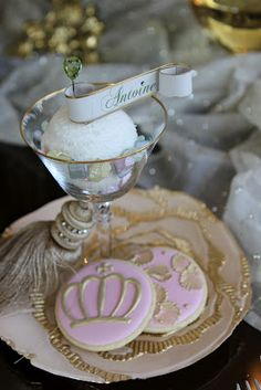 beautiful cookies ♥ for a princess party