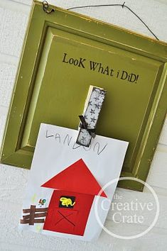 SO cute for displaying your child's rotating artwork from school! projects...or for the grandchildren's art
