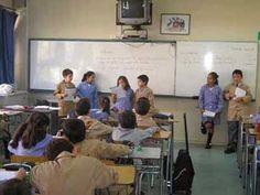 Los alumnos deben exponer en el aula.