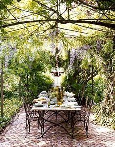 pretty garden dinner party