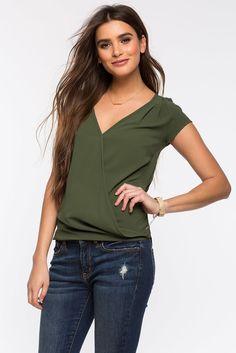 Блуза Размеры: S, M, L Цвет: розовый, красный, оливковый, коралловый Цена: 1149 руб.     #одежда #женщинам #блузы #коопт