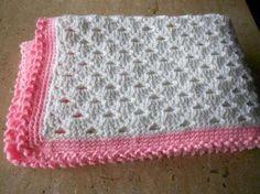 Mantas de lana para bebés: Fotos de modelos - Manta de lana para niños en color rosa y blanco