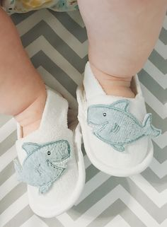 Chances are you've never seen a shark this cuddly before. Perfect for bath time or a day at the beach, this is one gift set you will want to reel in. Brandon James, Baby Aspen, October Baby, Baby Boy Gifts, Baby Style, Baby Shark, Bath Time, Little Man, Baby Shower Themes