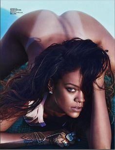 Rihanna Posed Nude For A French Magazine
