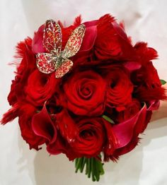 Wedding bouquet grandprix roses red Cala lily