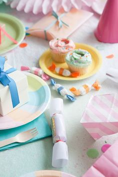 Make a watercolor tablecloth for a summer party!