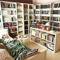 Stunning Home Library Design Ideas 25 Stunning Home Libraries Such a cozy room. love it so much. 25 Stunning Home Libraries Such a cozy room. love it so much. Home Library Rooms, Home Library Design, Dream Library, Home Libraries, Home Design, Interior Design, Design Ideas, Cozy Home Library, Library Bedroom