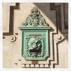 https://flic.kr/p/yitd5v   #Santander #cantabria #spain #españa #oficinadecorreos #postbox     6 Likes on Instagram
