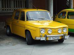 Renault 8 TS. Mi segundo coche, el primero fue un R8 normal, pero a éste le tuve mucho cariño. Tendría 21 añitos. Qué tiempos!!!