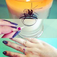 #finalmente !! Ecco l'#anello contenuto nella mia #jewelcandle  è proprio carino!!! Presto il #video #recensione sul mio canale  #YouTube e ci sarà anche sorpresa per voi! #review #gift #surprise #instacool #instajewelry #sterlingsilver #sterlingsilverjewelry #argento #argento925 #scentedcandle #candela #ring #gioiello @jewelcandle @jewelcandleitaly