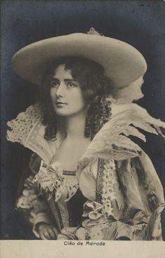 Vintage Photography: Cléo de Mérode (1875-1966) from http://retro-vintage-photography.blogspot.com/2012/04/cleo-de-merode.html#