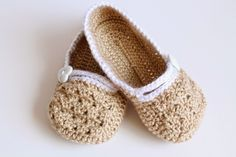 Pink Mouse Boutique: Mommy - Daughter Matching Slippers (Crochet Pattern): Baby Shower Gift