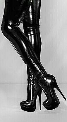 ♡ thigh high strets plateau boots with stiletto heels