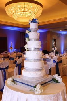how tall is a 3 tier wedding cake 1000 images about tallest cakes on wedding 15561